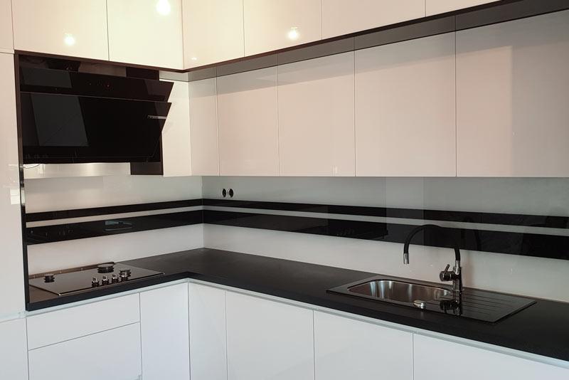 stakleni kuhinjski zid 2